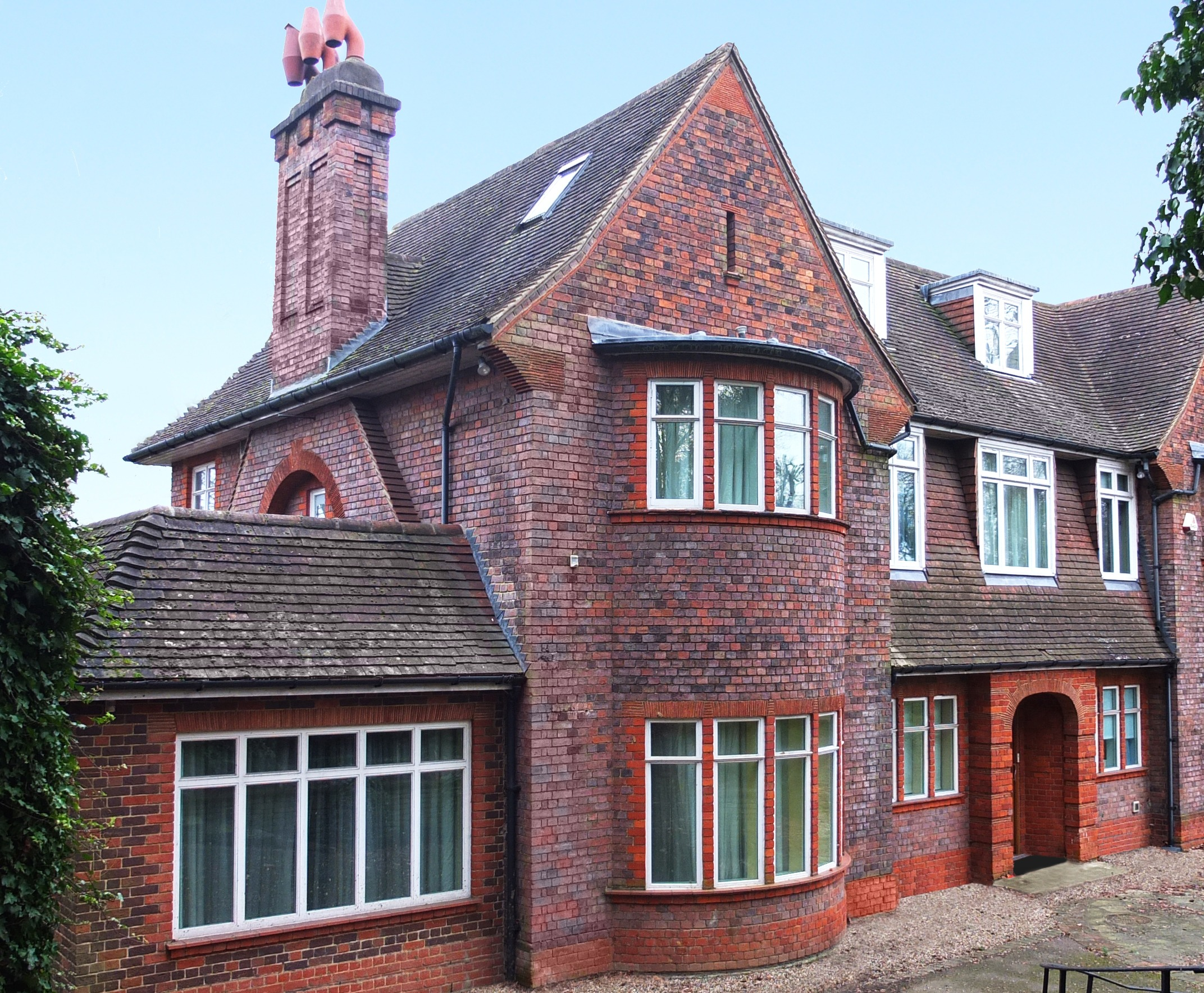Hampstead Lane external view
