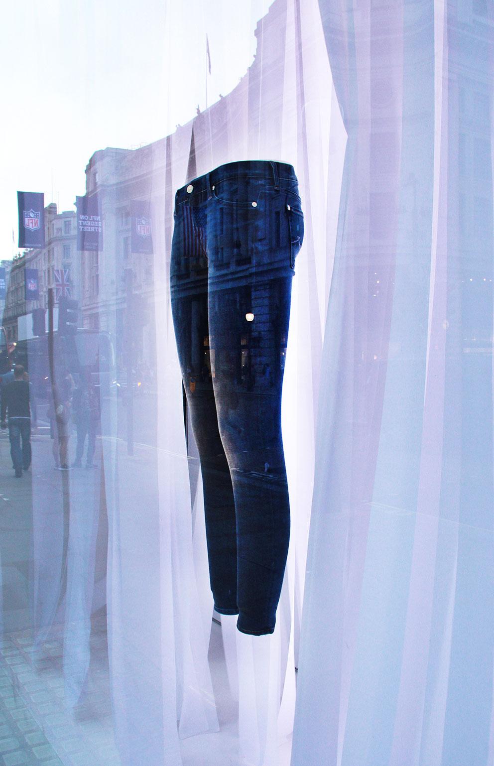 KSR ARCHITECTS' Regent Street Window