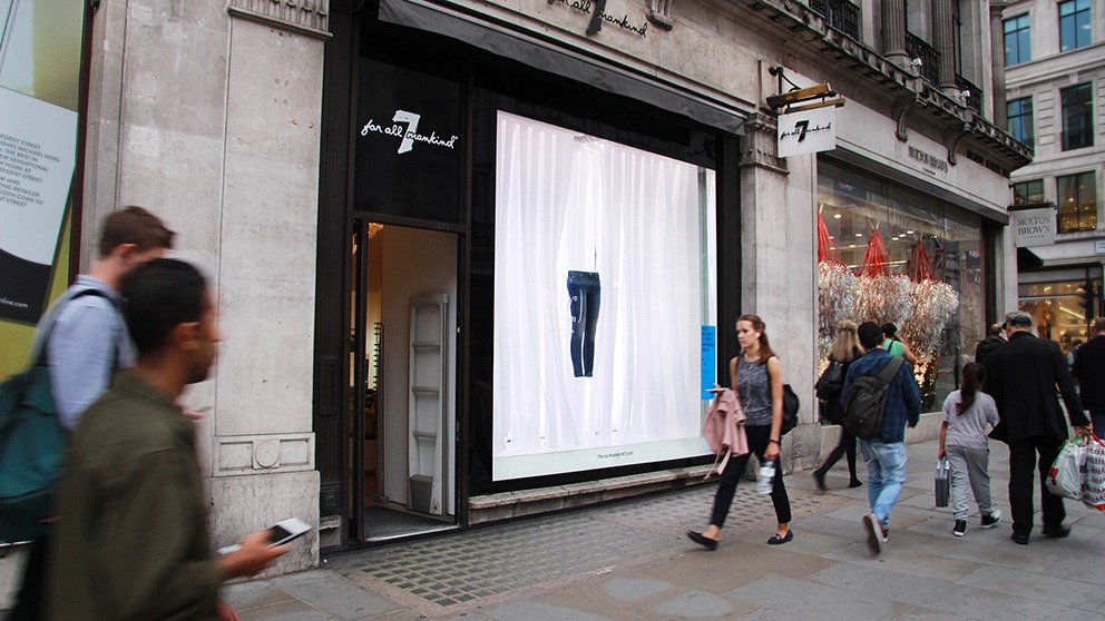 KSR ARCHITECTS' Regent Street Window