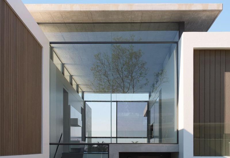 large-window