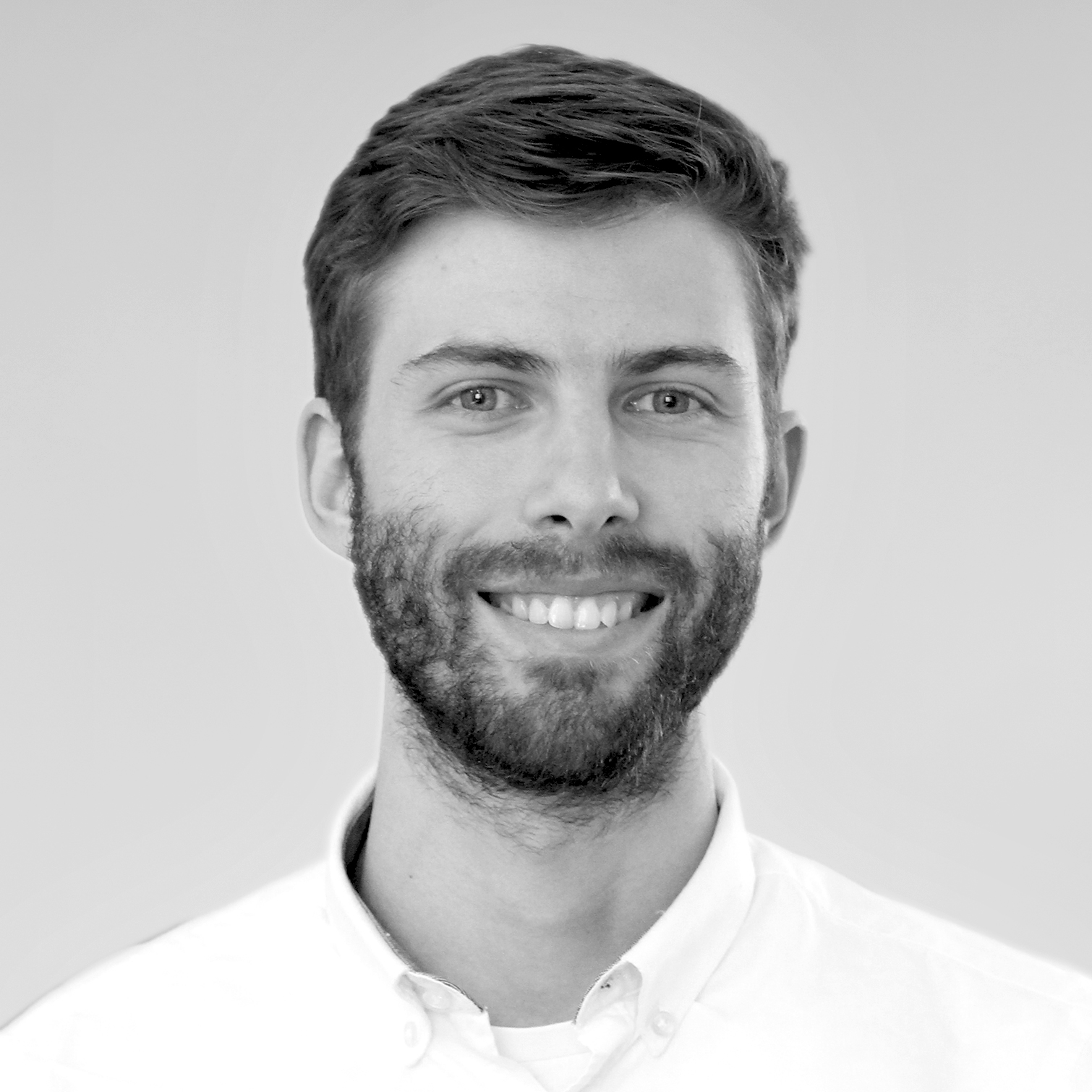 https://ksrarchitects.com/wp-content/uploads/2021/06/Miguel-Medina-1.jpg