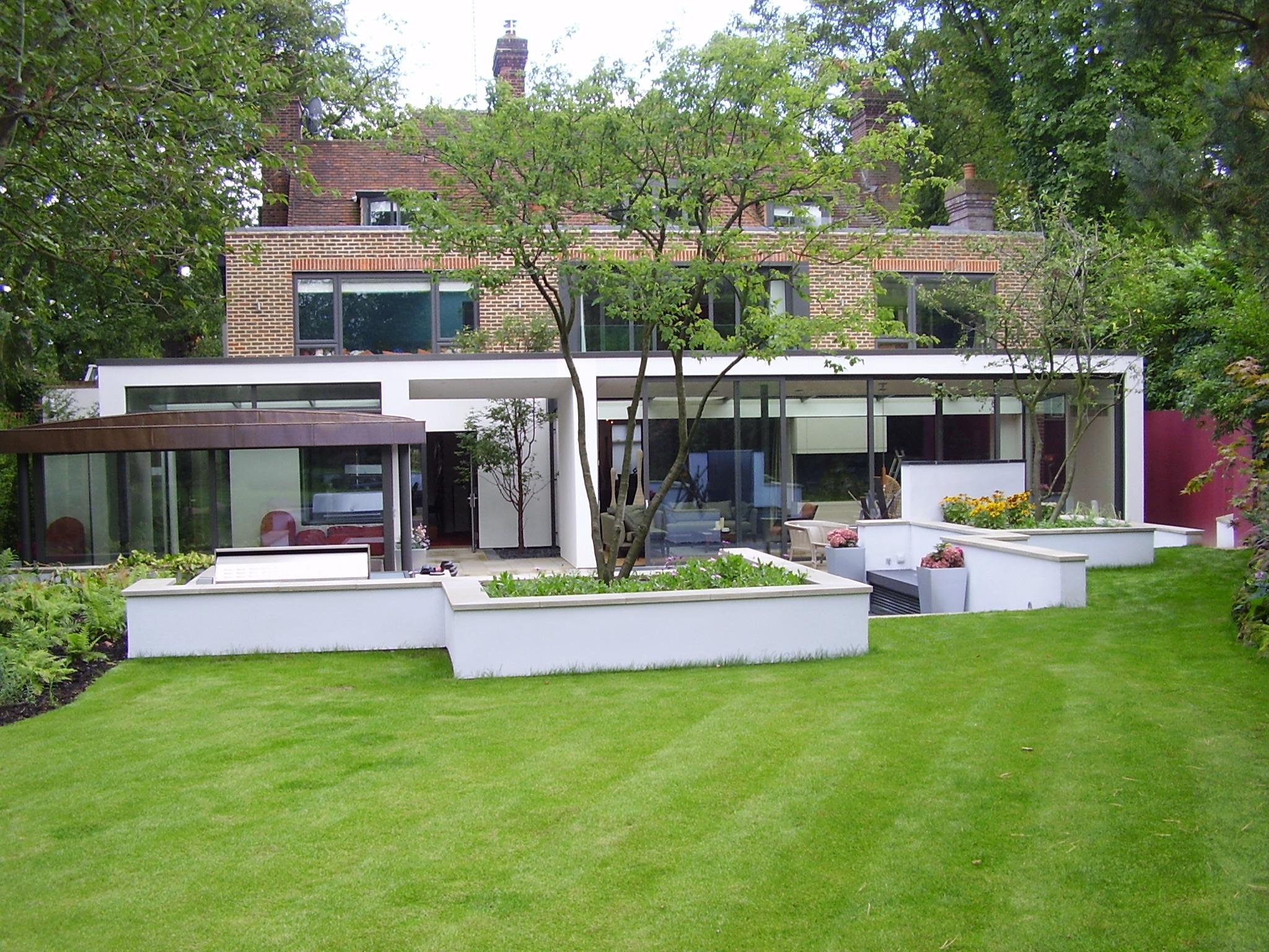 garden-exterior